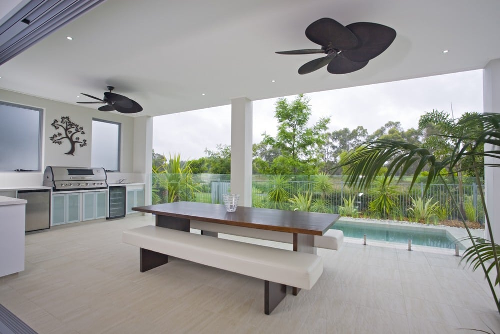 Outdoor Ceiling Fans for Patios plete Guide