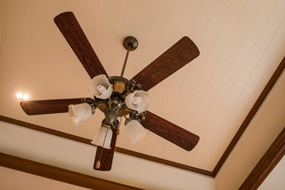 How to Install and Replace a Ceiling Fan